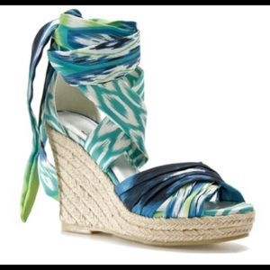 Impo 7.5 green blue wrap tie wedges
